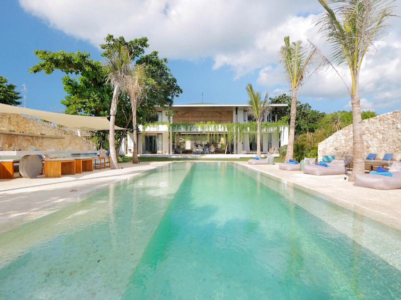 villa-in-nusa-lembongan.jpg